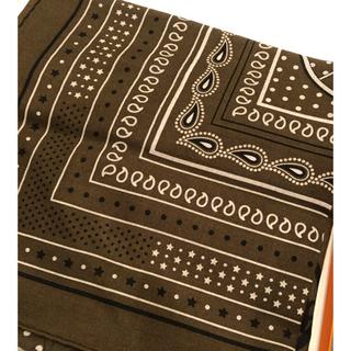 エルメス(Hermes)の◆新品◆2021AW新作 エルメス カシシル バンダナ柄 カーキ 140(ストール/パシュミナ)