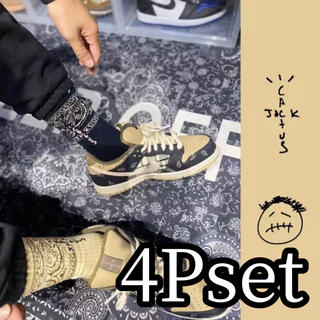 シュプリーム(Supreme)の☆早い者勝ち☆海外インポート☆トラヴィススコット カクタスジャック ソックス靴下(ソックス)