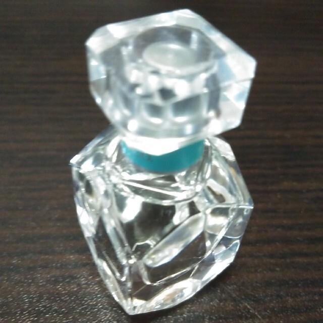 Tiffany & Co.(ティファニー)のティファニー オードパルファム  5ml コスメ/美容の香水(香水(女性用))の商品写真