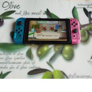 ニンテンドースイッチ(Nintendo Switch)のswitch 純正ジョイコン ケースをカスタム化(家庭用ゲーム機本体)