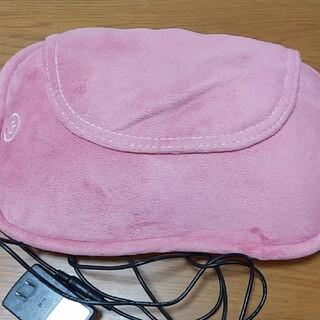 オムロン(OMRON)の旅家族様専用ページオムロンクッションマッサージ器ピンク色(マッサージ機)