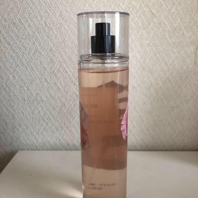 Bath & Body Works(バスアンドボディーワークス)のボディミスト コスメ/美容の香水(香水(女性用))の商品写真