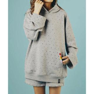 ダブルスタンダードクロージング(DOUBLE STANDARD CLOTHING)のダブスタ❣️再入荷ラス1❣️ラインストーン付きオーバサイズ裏毛パーカー(トレーナー/スウェット)