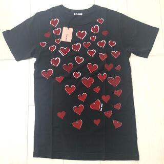 ミュウミュウ(miumiu)の【miu miu/ミュウミュウ】ハート柄Tシャツ(黒/Sサイズ)(Tシャツ(半袖/袖なし))