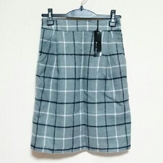 アベイル(Avail)の新品タグ付き グレー チェック タイトスカート アベイル しまむら(ひざ丈スカート)