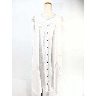♣♦新品未使用!綿100%真っ白に真っ白な刺繍が可愛い茶ボタンエプロンワンピース(その他)