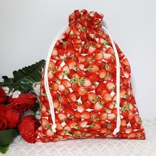 ハンドメイド 巾着袋 苺 ストロベリー レッド(外出用品)