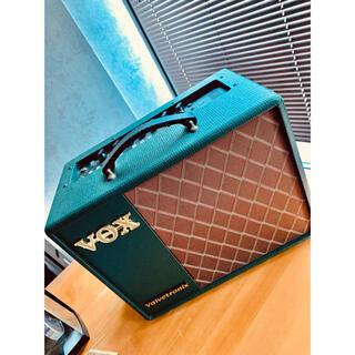 ヴォックス(VOX)のVOX VT20X 限定カラー.ver フットスイッチ付(ギターアンプ)