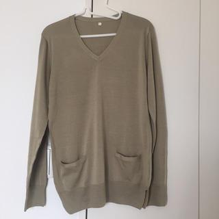 ムジルシリョウヒン(MUJI (無印良品))のVネックセーター(ニット/セーター)