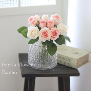 gift flower❁✿✾お花を飾りましょう🎵White&pink Rose(その他)