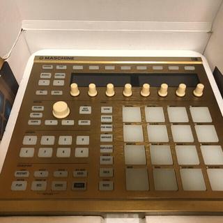 NATIVE INSTRUMENTS MASCHINE DTM 限定GOLD(MIDIコントローラー)