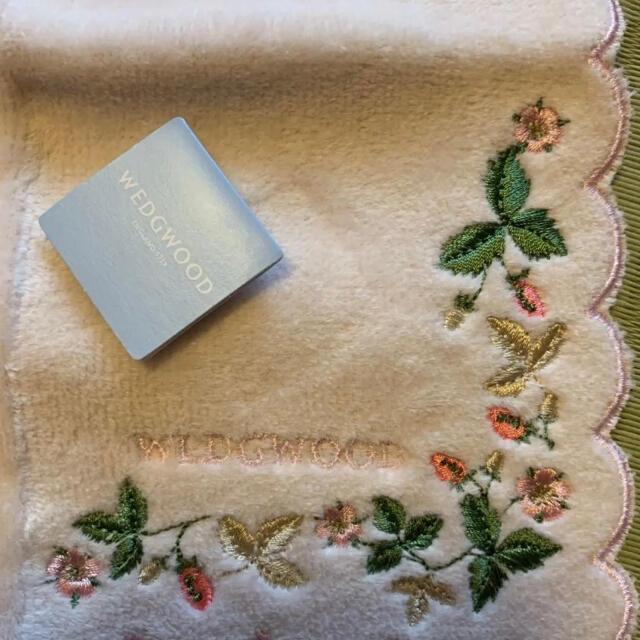 WEDGWOOD(ウェッジウッド)のウェッジウッド☆WEDGWOOD♡タオルハンカチ新品 レディースのファッション小物(ハンカチ)の商品写真