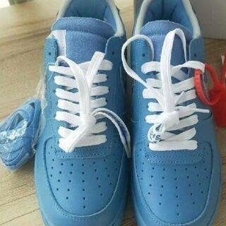 26.OFF WHITE x Nike Air Force 1 MCA Blue(スニーカー)