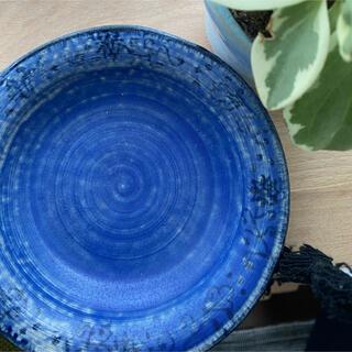 アンソロポロジー(Anthropologie)のブルーミニ深皿 ハンドメイド 陶芸(食器)