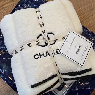 CHANEL - 極美品+良品限界価格シャネルタオル+バスタオルの2本セット 2セット