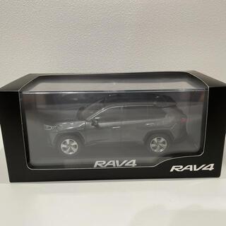 トヨタ(トヨタ)のみんちゃん♪様 トヨタ RAV4ミニカー 1/30スケール ダイキャスト製(ミニカー)
