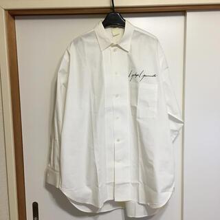 ヨウジヤマモト(Yohji Yamamoto)のロゴ入り Yohjiyamamoto POUR HOMME 長袖シャツ(シャツ)