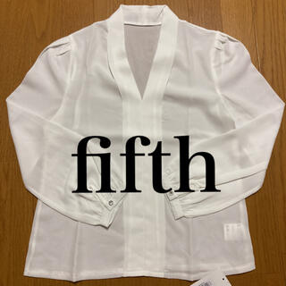 フィフス(fifth)のフィフス fifth 長袖 トップス ホワイト vネック 新品未使用 シンプル(シャツ/ブラウス(長袖/七分))