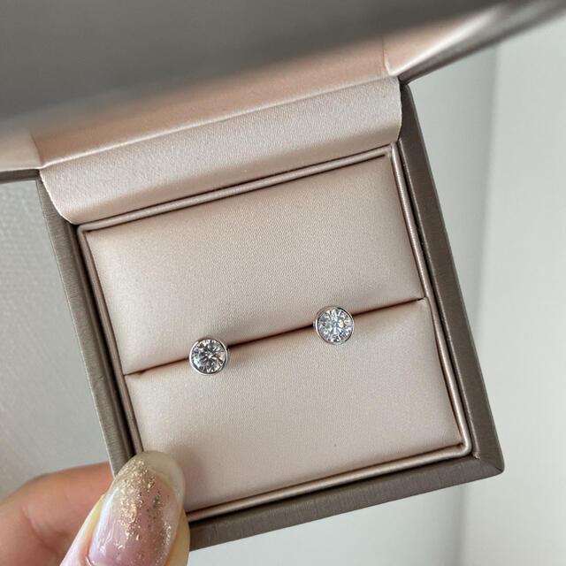 Tiffany & Co.(ティファニー)の【即納】高品質 sonaダイヤモンド 5㎜ サークルピアス レディースのアクセサリー(ピアス)の商品写真