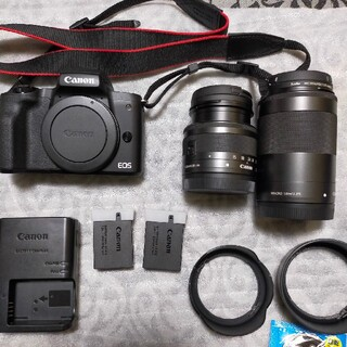 Canon - Canon EOS kiss M (BK) ブラック ダブルズームキット