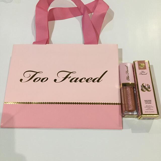 Too Faced(トゥフェイス)のトゥーフェイスド リップグロス リッチ ダズリン コスメ/美容のベースメイク/化粧品(リップグロス)の商品写真