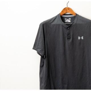 アンダーアーマー(UNDER ARMOUR)のUNDER ARMOUR アンダーアーマー ボタン付き  Tシャツ 黒(Tシャツ/カットソー(半袖/袖なし))