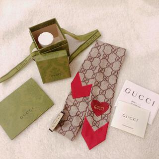 グッチ(Gucci)のGUCCI バレンタイン スカーフ ネックボウ(バンダナ/スカーフ)