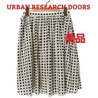ドアーズ(DOORS / URBAN RESEARCH)のアーバンリサーチドアーズ フレアスカート(ひざ丈スカート)