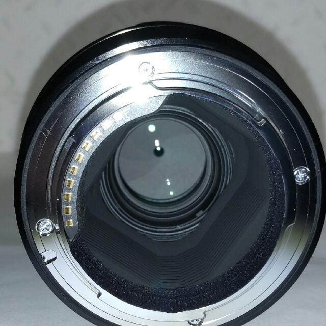 SIGMA(シグマ)の新品同様 シグマ 70mm F2.8 DG MACRO ソニー Eマウント スマホ/家電/カメラのカメラ(レンズ(単焦点))の商品写真