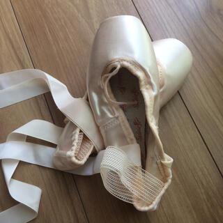 チャコット(CHACOTT)のシルビア トゥシューズ 21.5 バレエ(ダンス/バレエ)