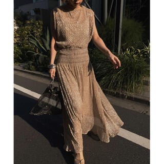 Ameri VINTAGE -  Ameri VINTAGE  MEDI SMOCKING LAME DRESS