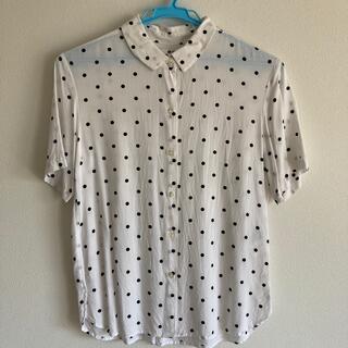 ユニクロ ドット柄 半袖シャツ