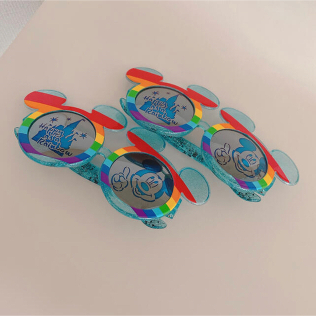 ダッフィー(ダッフィー)のダッフィー   パスケース + レインボーサングラス2個 レディースのファッション小物(パスケース/IDカードホルダー)の商品写真