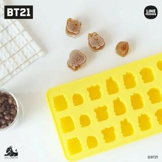 ボウダンショウネンダン(防弾少年団(BTS))のBT21 アイストレイ シリコン 新品 未開封(調理道具/製菓道具)