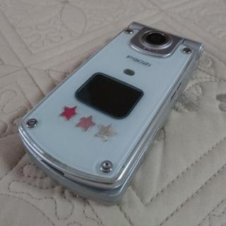 パナソニック(Panasonic)のdocomo ガラケー  P902i  シルバー×クールグラス 電池パックなし(携帯電話本体)