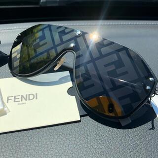 FENDI - FENDI 2021s/s ズッカ柄 ファビュラス サングラス