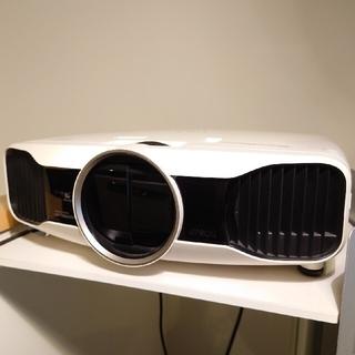 エプソン(EPSON)のEPSON  EH-TW8000W(ワイヤレス)3Dメガネ3個付き(プロジェクター)