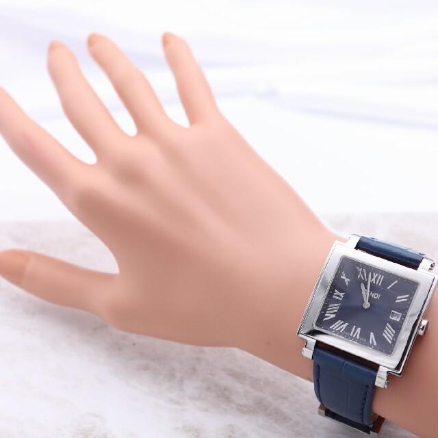 FENDI(フェンディ)の付属品完備【新品電池】FENDI 60500G/人気モデル オロロジ ネイビー メンズの時計(腕時計(アナログ))の商品写真