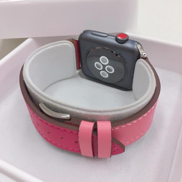 Apple Watch(アップルウォッチ)のアップルウォッチ series3 セルラー Apple Watch 42mm 黒 スマホ/家電/カメラのスマートフォン/携帯電話(その他)の商品写真