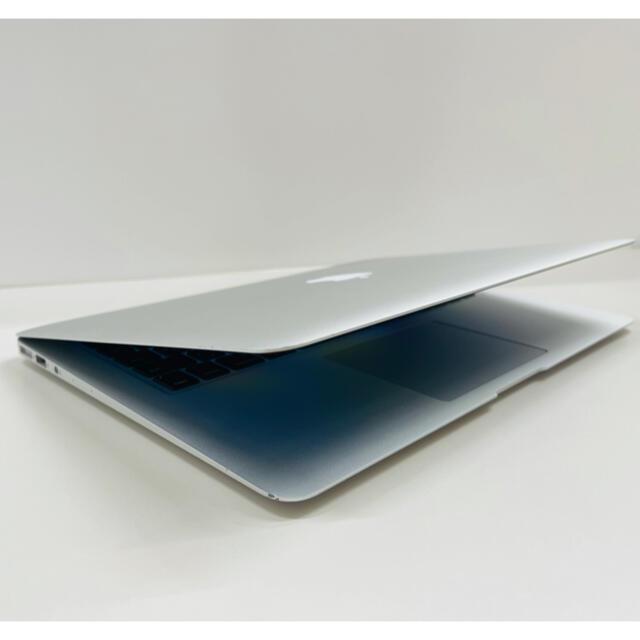 Mac (Apple)(マック)のApple MacBook Air 2015 すぐ発送可能 (RH22) スマホ/家電/カメラのPC/タブレット(ノートPC)の商品写真