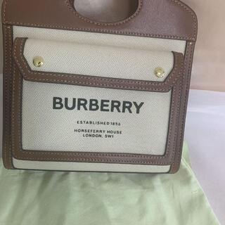 BURBERRY - BURBERRYミニ ツートン キャンバス&レザー ポケットバッグ