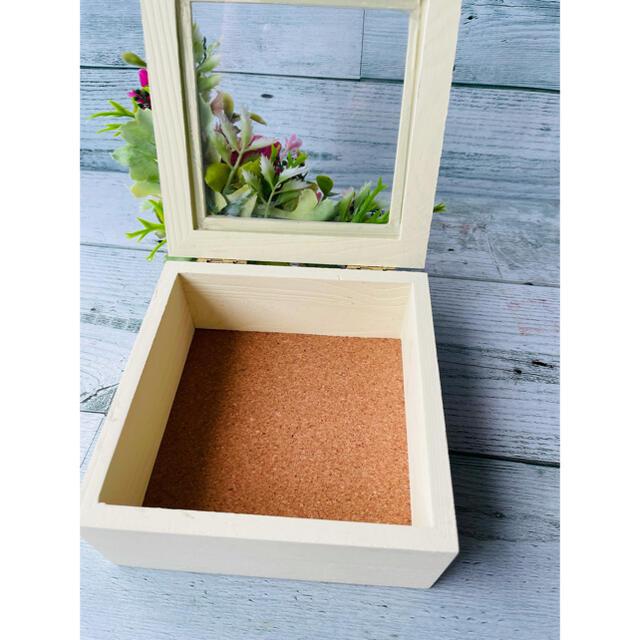 *フラワーボックス*ハンドメイド 造花 小物入れ フェイクグリーン ハンドメイドのフラワー/ガーデン(ドライフラワー)の商品写真