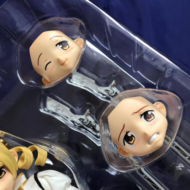 MEDICOM TOY(メディコムトイ)のRAH 巴マミ エンタメ/ホビーのフィギュア(アニメ/ゲーム)の商品写真
