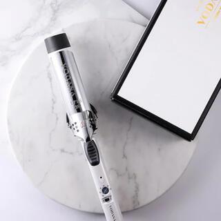 【美品】VODANA グラムウェーブ カールアイロン ホワイト 40mm(ヘアアイロン)