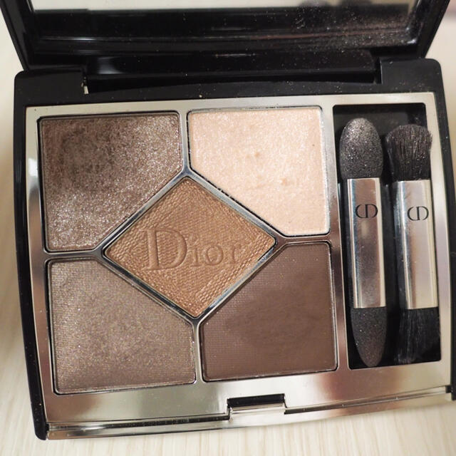 Dior(ディオール)のdior サンククルールクチュールソフトカシミヤ コスメ/美容のベースメイク/化粧品(アイシャドウ)の商品写真