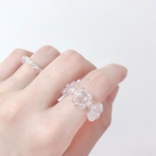 ハンドメイド 韓国 ビーズ リング 指輪 クリアリング 花(リング(指輪))