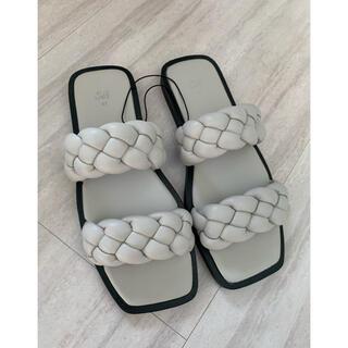 エイチアンドエム(H&M)の入手困難 H&M 編み込み サンダル 37サイズ(サンダル)
