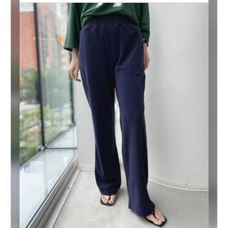 アパルトモンドゥーズィエムクラス(L'Appartement DEUXIEME CLASSE)の 【Americana/アメリカーナ】 Pile Relax Pants  (カジュアルパンツ)