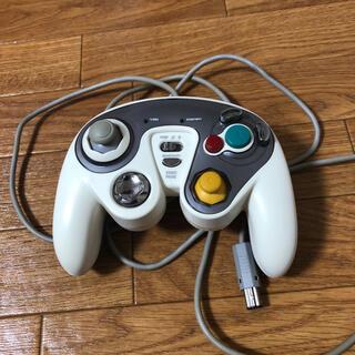 ニンテンドーゲームキューブ(ニンテンドーゲームキューブ)のGC・Wii用 CYBER・振動連射コントローラ(家庭用ゲーム機本体)