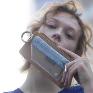 ビューティアンドユースユナイテッドアローズ(BEAUTY&YOUTH UNITED ARROWS)のエジュー マルチ Sサイズ (キャメル)(iPhoneケース)